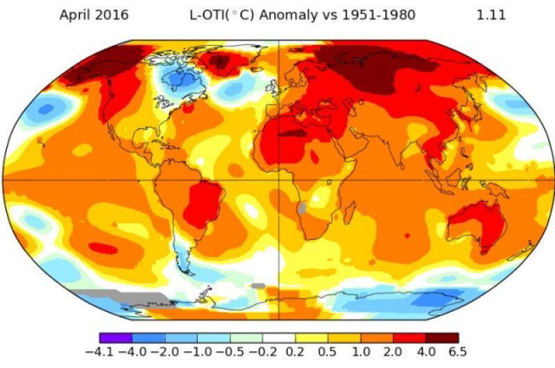 Odchylenie średniej miesięcznej temperatury w kwietniu 2016 od normy