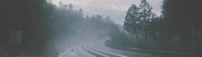 Miejscami przydadzą się opony zimowe. <br />Na południu może sypnąć śniegiem